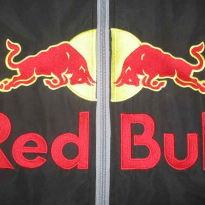 Broderie des Patriotes - Broderie - Red Bull