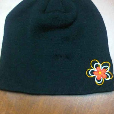 Broderie des Patriotes - Broderie - Tuque - Coifure Susie Martin