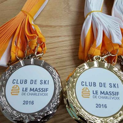 Broderie des Patriotes - Medailles - Club de ski - Le Massif