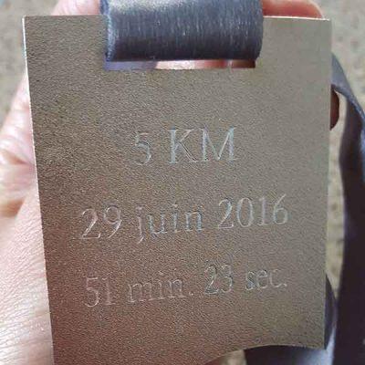 Broderie et trophée des Patriotes - Gravure au diamant - Médaille